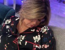 Mila Ximénez graba a Terelu Campos mientras se echa la siesta en el plató de 'Sálvame'