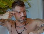 Brenda y Danik le rapan las cejas a un invitado de 'Super Shore 3' mientras dormía