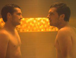 El descomunal pene de Josh Hutcherson en 'Future Man' por partida doble