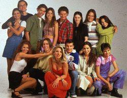 Las inverosímiles edades de los personajes y actores de 'Al salir de clase', la mítica serie de Telecinco