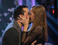 El novio de María Castro le pide matrimonio en directo en 'El hormiguero'