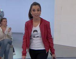Laura Rosel presenta el debate 'Preguntes freqüents' en TV3 con una camiseta con la cara de Puigdemont