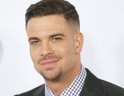 El equipo de 'Glee' le rinde una sobria despedida a Mark Salling