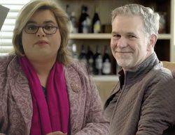 Reed Hastings, director ejecutivo de Netflix, contesta a Paquita Salas y se interesa por Lidia San José