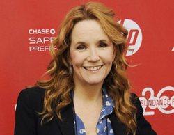 'Our People': Lea Thompson coprotagonizará el piloto de la nueva comedia de Fox