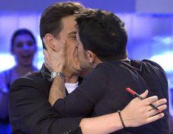 """El morreo entre Alejo Sauras y Christian Gálvez en 'Pasapalabra' que confirma su gran amistad: """"¡Me lo como!"""""""