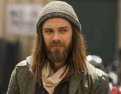 """'The Walking Dead': Tom Payne cree que una relación entre Jesus y Aaron sería algo """"interesante"""", pero """"flojo"""""""