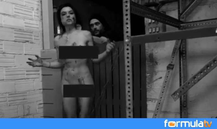 Mari Cielo Pajares Y Su Proyecto Más Radical Maniatada Desnuda Y