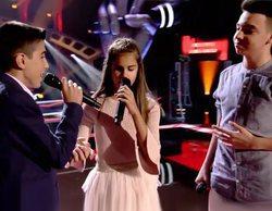 Pablo López rompe a llorar en 'La Voz Kids' con la actuación de Ramón, Antonio y Laura, la niña invidente