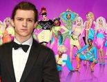 Tom Holland confunde 'RuPaul's Drag Race' con una carrera de coches