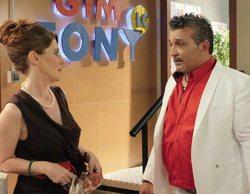 El cameo de Joaquín ('Gipsy Kings') en 'Gym Tony', objeto de burlas para la familia Fernández Navarro