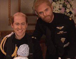 """El Príncipe Harry de 'Saturday Night Live' a su hermano en la parodia de la boda: """"Siento que tu pelo no esté"""""""