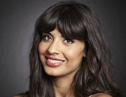 """Jameela Jamil ('The Good Place') asegura que Tahani fue la """"amiga en común"""" que presentó a Harry y Meghan"""