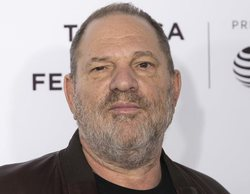 Harvey Weinstein se entrega a la policía en una comisaría de Nueva York tras las acusaciones de acoso sexual