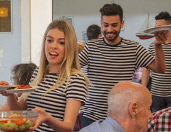 Agoney y Nerea ('OT 2017') dejan los escenarios para convertirse en camareros en 'Trabajo temporal'