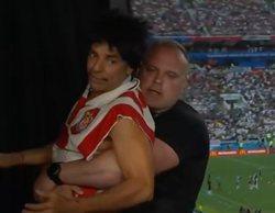 El humorista mexicano Eugenio Derbez se cuela en una retransmisión del Mundial de Rusia