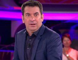 'Ahora Caigo': Arturo Valls aterrorizado al escuchar la pavorosa voz de una de sus concursantes