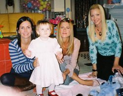 'Friends': Así de mayores están las gemelas que interpretaron a la hija de Jennifer Aniston