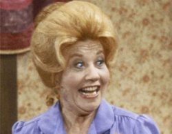 Muere Charlotte Rae, actriz de 'Arnold' y 'Los hechos de la vida', a los 92 años