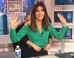 Isabel Jiménez desvela el secreto que esconde debajo de la mesa de 'Informativos Telecinco'