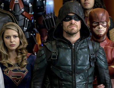 Supergirl y Batwoman, ausentes en el primer póster del crossover del Arrowverso