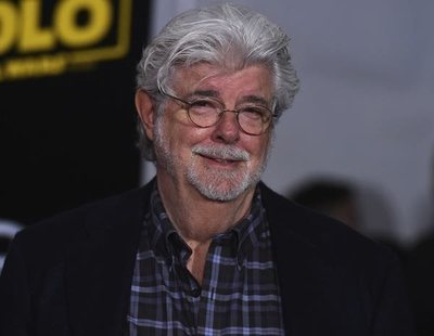 George Lucas protagoniza una visita sorpresa al set de 'The Mandalorian'
