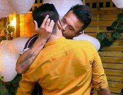 'First Dates': Mikel y David se lían entre ellos tras ser descartados por otro comensal