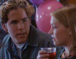 La aparición estelar de Ryan Reynolds en 'Sabrina, cosas de brujas' que conquistó a Melissa Joan Hart