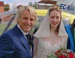 'Volando voy': Jesús Calleja reivindica la vida rural y ejerce como padrino en una boda