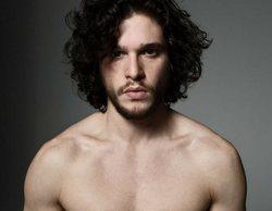 Una modelo filtra unas fotos de Kit Harington desnudo para demostrar que le es infiel a su mujer con ella