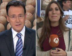 Matías Prats felicita en pleno telediario a una reportera ganadora del Gordo de la Lotería