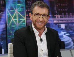 """El guiño de Pablo Motos a 'Cuarto Milenio' en 'El hormiguero': """"Con eso Iker Jiménez te hace una temporada"""""""