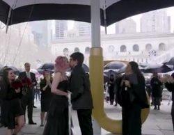 'The Umbrella Academy': Netflix despliega un enorme paraguas negro para celebrar la boda de dos fans