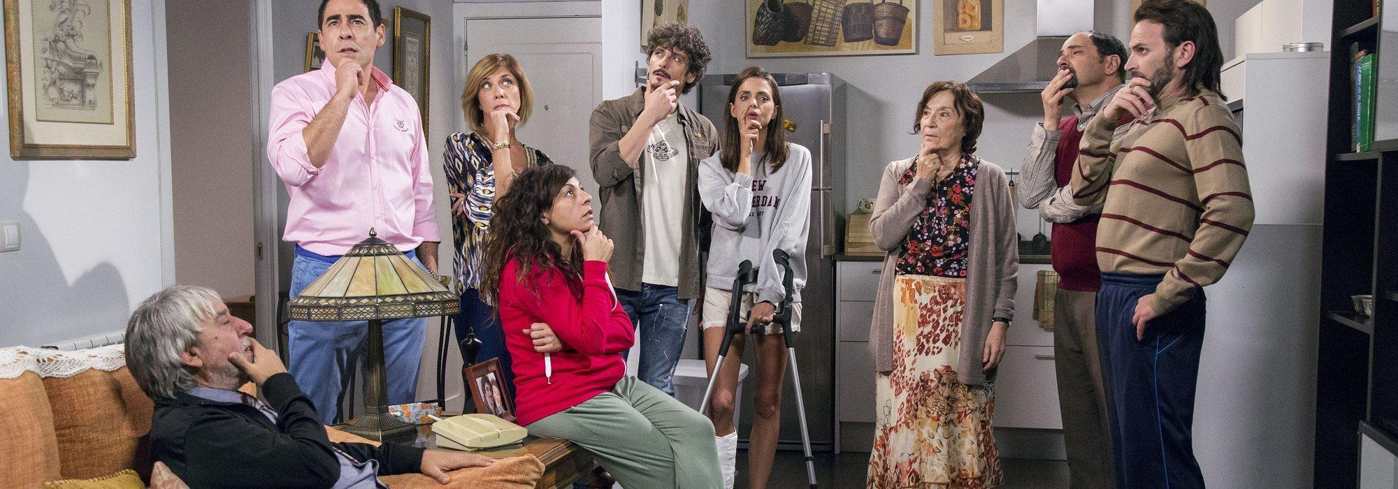 Telecinco ya promociona 'La que se avecina', ¿para enfrentarla a 'La Voz'? Claves de la estrategia