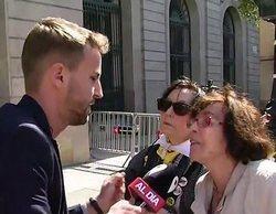 """Un reportero de 'Cuatro al día', increpado por dos independentistas: """"¿Hasta cuándo vais a estar jodiendo?"""""""