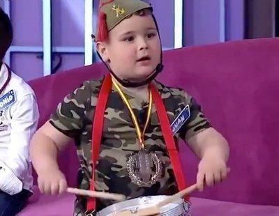 """Críticas a Canal Sur por mostrar a un niño legionario cantando """"El novio de la muerte"""""""