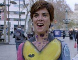 """Samanta Villar pasea desnuda por Barcelona: """"¡En la vida creía yo que caminaría en bolas por La Rambla!"""""""