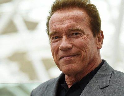 Arnold Schwarzenegger, agredido por la espalda durante un evento deportivo en Sudáfrica