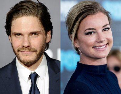 'Falcon and The Winter Soldier': Daniel Bruhl y Emily VanCamp negocian su fichaje