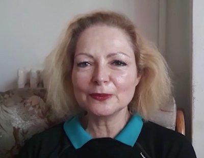 María Jesús, la famosa jueza del tarot de Lugo, se presenta como comensal de 'First Dates'
