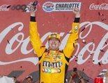 La retransmisión de la NASCAR lidera con rotundidad una noche plagada de reposiciones