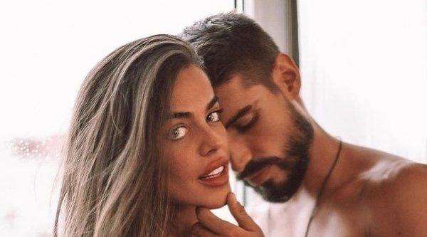 Violeta Y Fabio Sellan Su Amor Tras Supervivientes 2019 Con Un Tatuaje