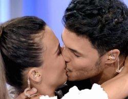 Sofía Suescun y Kiko Jiménez confirman su relación con un beso de película en 'MYHYV'