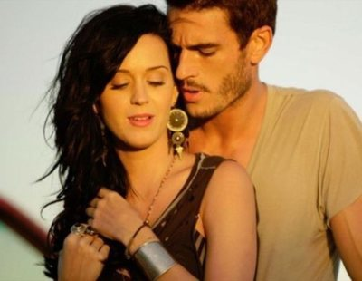 "Katy Perry, acusada de acoso sexual por el actor del videoclip de ""Teenage Dream"""