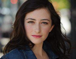 Abby Quinn interpretará a la hija de Paul y Jamie en el revival de 'Loco por ti'