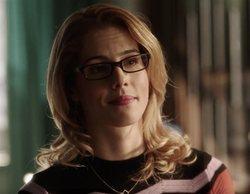 Así era la escena eliminada de la séptima temporada de 'Arrow' con Felicity y Oliver como protagonistas
