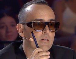 Risto abronca a unos acróbatas marroquíes por llevar las siglas de Estados Unidos en su vestimenta
