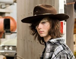 'The Walking Dead': Chandler Riggs bromea con la muerte de Carl, su personaje