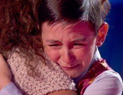 'La Voz Kids': Román Suárez se derrumba tras su actuación al recibir el consuelo de los coaches