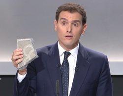 Albert Rivera y su adoquín protagonizan los mejores memes del 'Debate electoral 4-N'